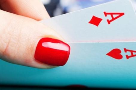 Покер и помада-когда все это началось?